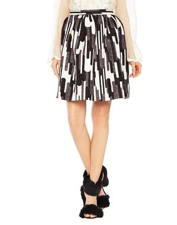 Short Graphic Print Skirt